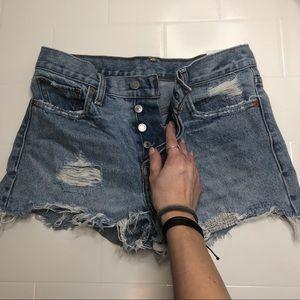 🆕 LEVI'S / vintage high waist denim shorts